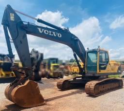 Escavadeira Volvo EC240BLC - 2011 (24 toneladas)