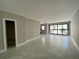 Apartamento com 3 Suites e 2 Vagas em Balneário Camboriú