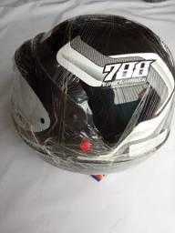 Capacete Sport Moto 788 Preto c/ Branco