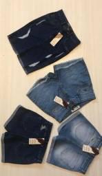 Shorts feminino jeans da Calvin Klein e Jhon Jhon