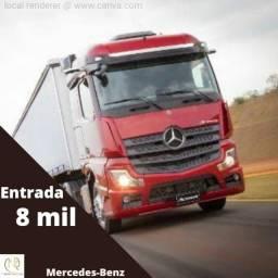 Mercedes-Benz 8mil de entrada