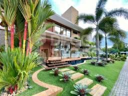 Casa em Cond. Fechado, alto padrão no Portal do Sol, 04 quartos + DCE