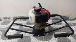Perfurador de Solo à Gasolina 2 HP Guidão Duplo   Branco BPS 52D