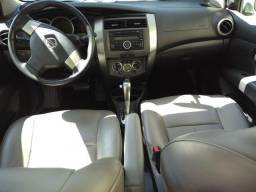 Grand Livina SL automático - 2010