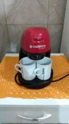 Cafeteira Cadence e liquidificador