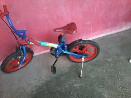 Bicicleta infantil Caloi *