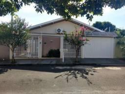 Casa para Venda, Olímpia / SP, bairro Jardim Toledo, 3 dormitórios, 1 suíte, 3 banheiros