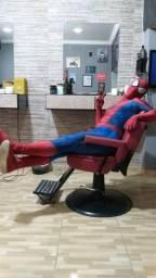 Cadeira de barbeiro retrô vendo ou troco algo do meu interesse