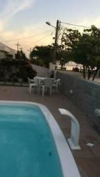 Casa em condomínio c piscina, churrasqueira e jogos. Divirta-se c conforto e segurança!