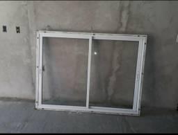 Troco janela 160m/120m Por 2 portas internas