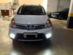 Nissan Livina X-Gear 14/14 GNV 1.8 16V Aut;