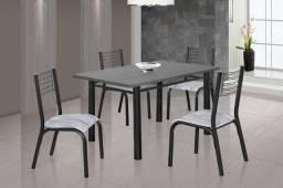 Mesa com 4 cadeiras Nova pés de ferro tampo de granito