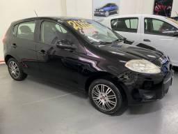 Fiat palio 1.4 attractive 2013