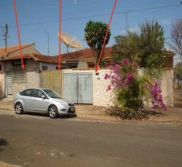 Casa Vila Claudia Cravinhos