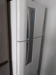 Vendo geladeira usada.