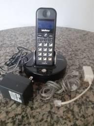 Telefone sem fio com identificador de chamadas.