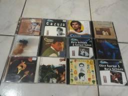 CDs do Caetano Veloso, Chico Buarque,Gal Costa, Cazuza e Maria Bethânia.