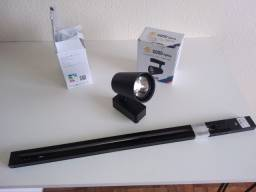 Trilho Eletrificado Preto 60cm + 2 Spots Pretos 12W Luz Branca 6500K