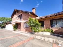 Casa sobrado de tijolo a vista com 284 m²,03 dormitórios (1 suíte ) 03 banheiros 02 vagas