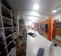 Instalação  e vestuário  feminino  novas