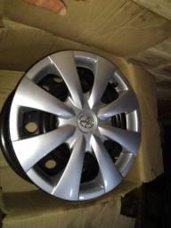 4 Rodas ferro original Corolla, aro 15 5 furos, com calotas
