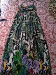 Vendo 2 vestidos longos tamanho M