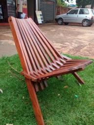 Cadeira de madeira para sua área de lazer por apenas 199,99