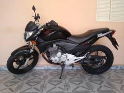 CB 300 R Ano 2011