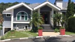 Linda casa em condomínio residencial Aririba