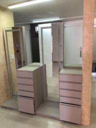 Bancadas com espelho e gaveteiro