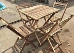 Conjuntos de mesa e cadeiras