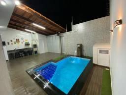 Casa com 3 dormitórios- 3 banheiros - Área Gourmet - Piscina (aquecimento solar)