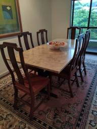 Belíssima mesa de jantar clássica de mármore + 6 cadeiras de jantar
