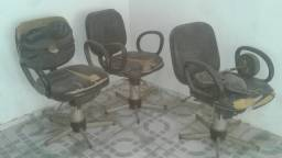 Para vender rápido 3 cadeira de salão