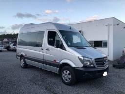 Van Sprinter 415 - R$140.000,00