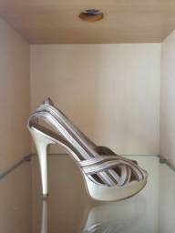 Sapato Datelli tamanho 37