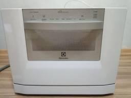 Lavadora de louças Electrolux