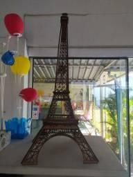 Torre de Paris de mdf 58cm de altura