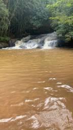 25d terreno próximo a uma cachoeira