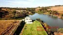 Chácara de Luxo. 25 km de Goiânia. R$ 1,7 Milhões