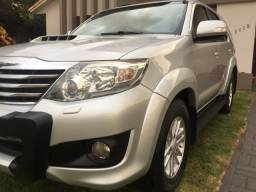 Hilux sw4 2013 7 lugares - 2013