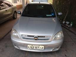 Corsa Premium 1.8 completo com GNV - 2005
