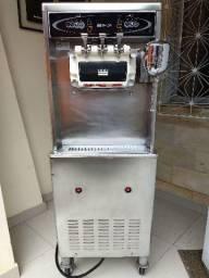 Máquina sorvete taylor