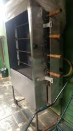 Maquina de assar frangi