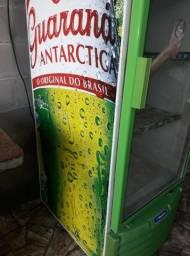 Expositor Metalfrio porta de vidro