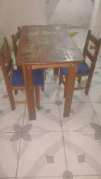 Mesa de Angelim 4 cadeiras