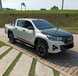 Toyota Hilux (Entrada de 8.000,00)