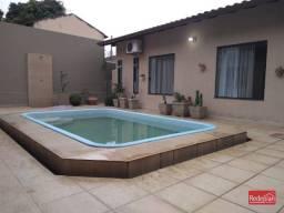 Casa térrea bairro Jardim Esperança com 3 quartos e piscina