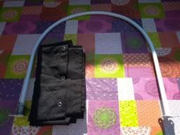 Provador com duas cortinas pretas/ Araçoiaba PE