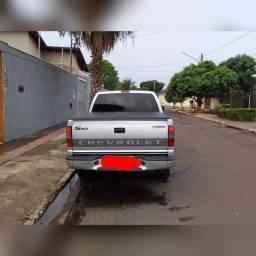 Camionete S10 2.8 turbo diesel 4x4 - Aceito troca por casa